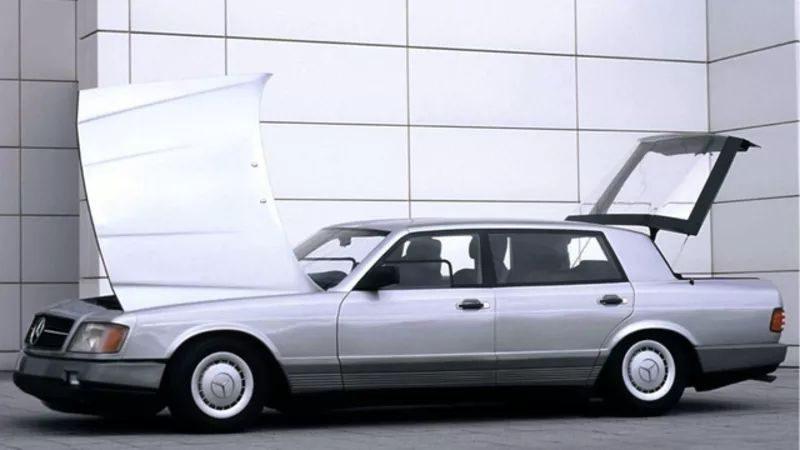Mercedes-Benz Auto 2000